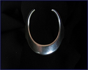 Horned Moon unique rings, handmade jewelry made with sterling silver and moonstone